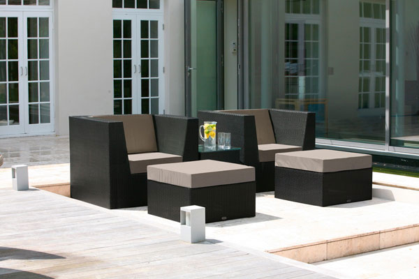 Valencia lounge armchair ebony lathams for Outdoor furniture epping